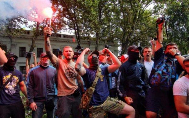 В Одессе вспыхнули кровавые стычки, подтянулись спецназ и Нацгвардия