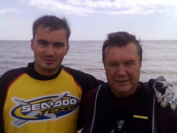 Російське МНС спростувало чутки про загибель Януковича-молодшого