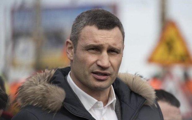 Кличко установит на въезде в Киев 20-метровое одоробло
