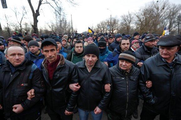 Більшість озвірілих українців у Нових Санжарах виявилися не місцевими: подробиці