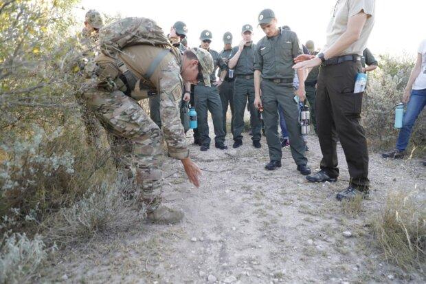 Украинские пограничники будут работать по-новому: американцы показали, как оберегать границы