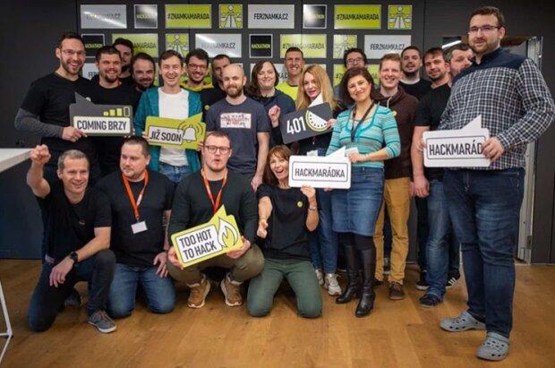 Чешские программисты, скриншот: instagram / znamkamarada