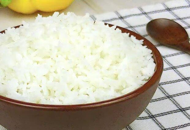 Приготовление риса, кадр из видео