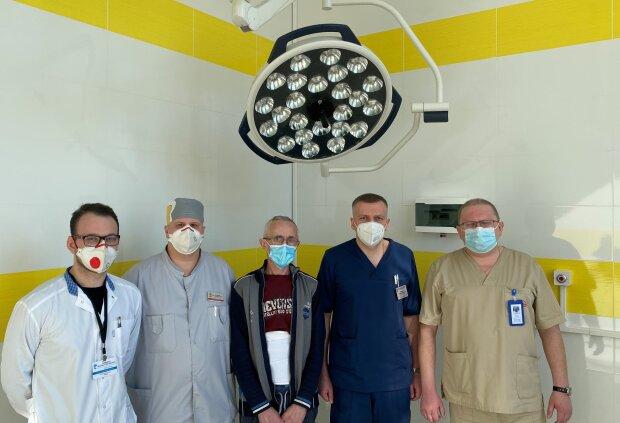 Во Франковске медики провели сложную операцию: ifnmu.edu.ua