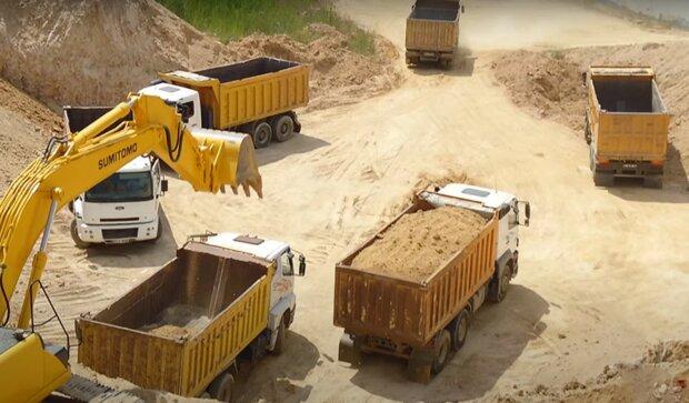 видобуток піску, скріншот з відео