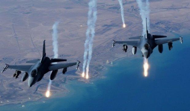 250 курдів загинули внаслідок авіаударів на турецькому кордоні