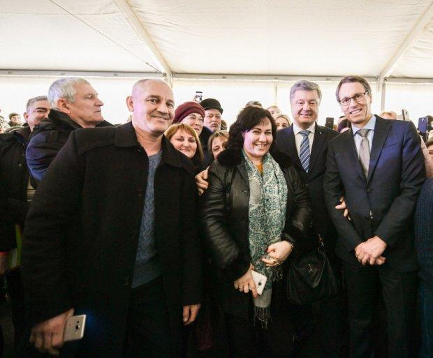 Президент Украины Петр Порошенко, рабочая поездка в Запорожье