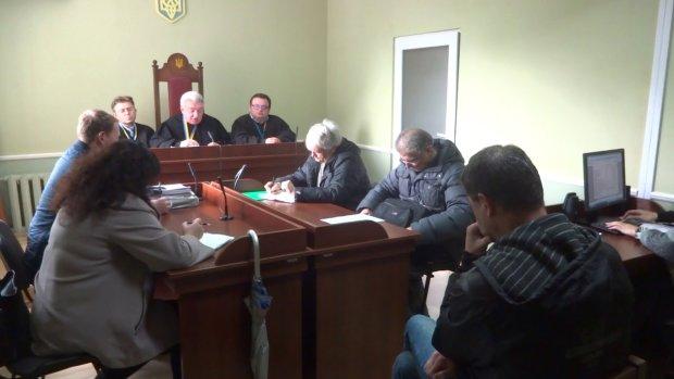 У Львові повідомили про замінування суду: йде екстрена евакуація, поліція і рятувальники роблять все можливе