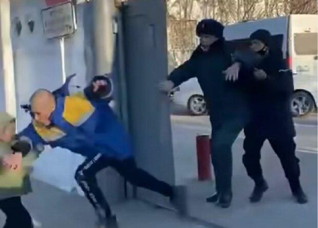 Побег призывника, скриншот: YouTube