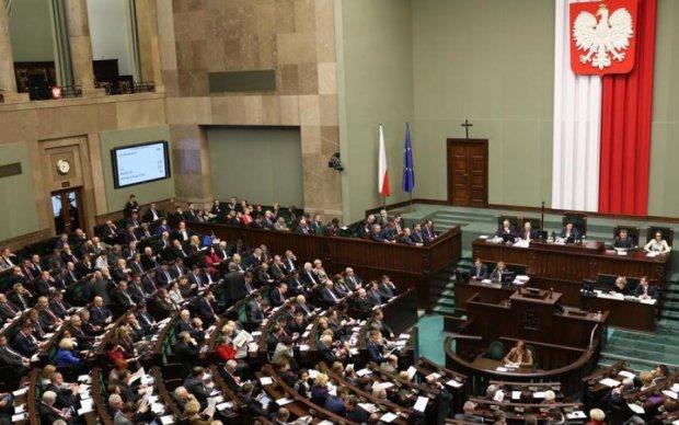 У Лаврова підняли сморід через рішення Польщі
