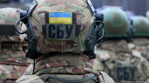 """П'яного """"полковника"""" СБУ затримали за погрози туристам в Буковелі"""