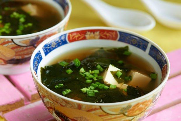 Цибульний місо суп : рецепт для любителів азіатської кухні