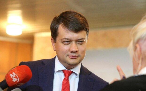 """Разумков сделал заявление о новой коалиции в Раде: с кем объединится """"Слуга народа"""""""