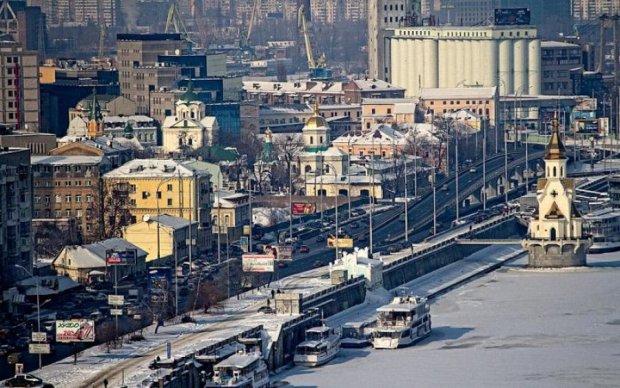 Российский миллионер растащил украинский банк по кусочкам