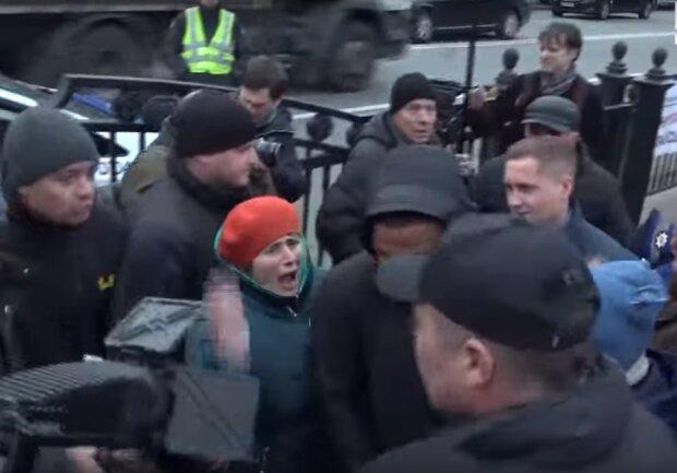 Скрін з відео бійки з Беленюком