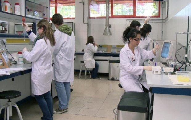 Ученые синтезируют человеческую ДНК до 2023 года