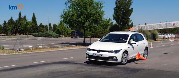 2020 VW Golf Mk8, скриншот видео