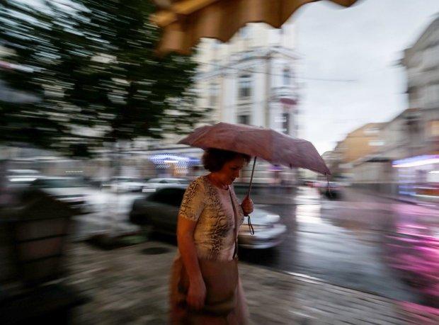 Погода у Львові на 22 липня: українців атакують пекельні дощі