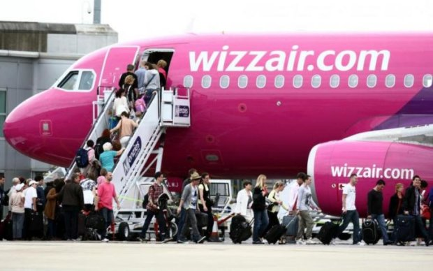 Отказала: украинский журналист закатил скандал на борту самолета