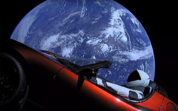 Космическое авто Маска получило новый статус