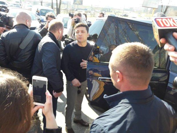 Зеленський показав свою близькість до народу: люди раділи і вимагали фото