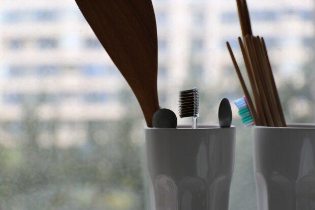 зубна щітка, фото Pxhere