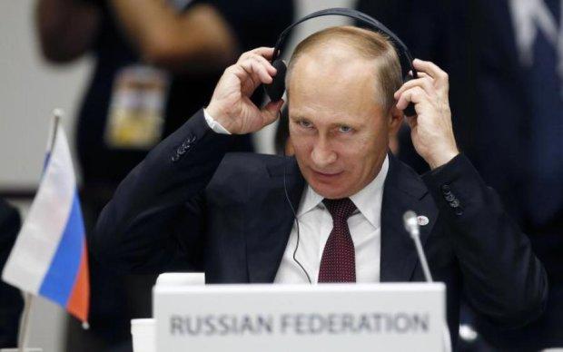 Путин рассказал Порошенко о своих беспокойствах
