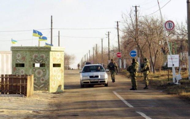 Потрапити на Донбас стане ще складніше