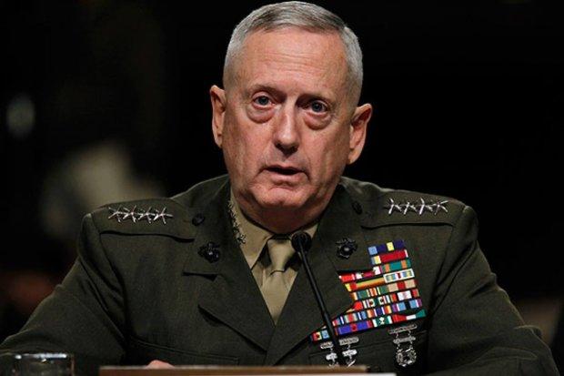 """Скандал з відставкою глави Пентагону: чому Україна залишиться """"в плюсі"""" через сварку Трампа і Меттіса"""