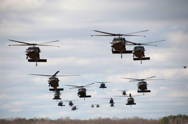 НЛО пытался захватить Землю: на спасение человечества отправили боевые вертолеты