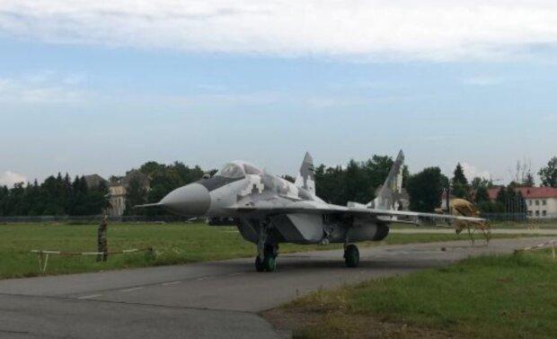 Истребитель ВСУ, скриншот: YouTube