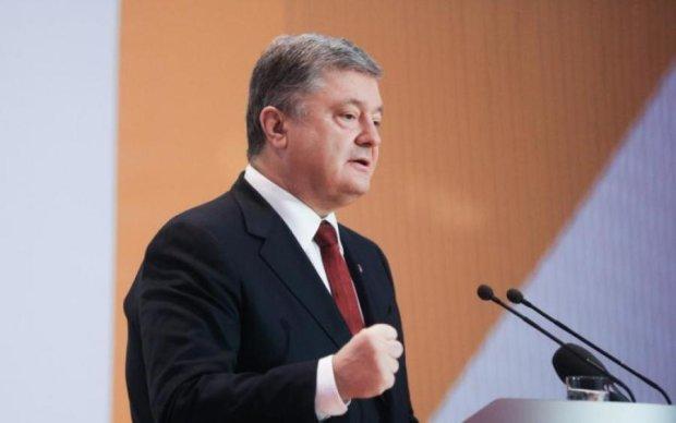 Суд над Януковичем та допит Порошенко: пряма трансляція