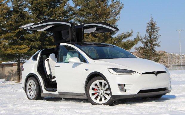 Tesla Model X испытали в экстремальных условиях: что теперь скажешь, Илон Маск