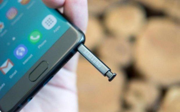 """Samsung """"случайно"""" раскрыла особенность Note 8"""