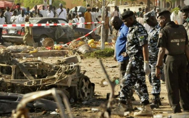 Батьки в паніці: терористи забрали сотню дітей