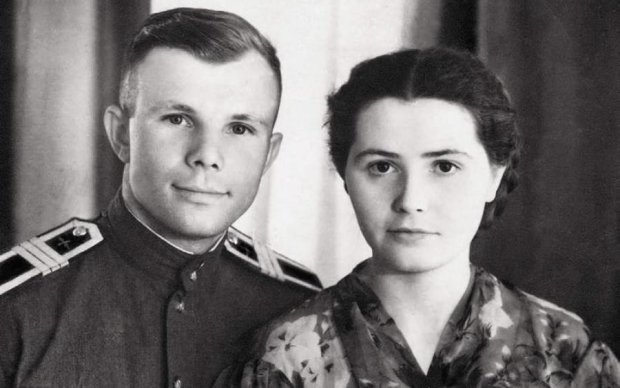 """""""108 хвилин і все життя"""": таємниці сім'ї Юрія Гагаріна спливли через десятки років"""