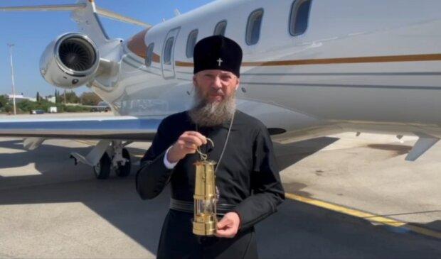 Делегация УПЦ попросила у Иерусалимского Патриарха молитв за Украину и вылетела в Киев