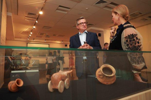 От Триполья до Киевской Руси: в столичном музее открылась выставка древностей
