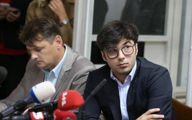 Кожному Шуфричу – по Шуфричу: український поет влучно оцінив вирок суду