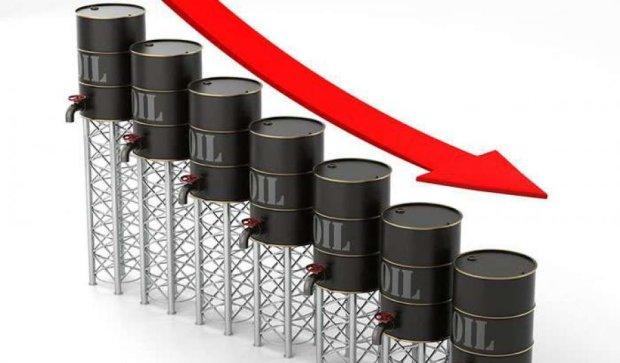 Нафта продовжує дешевшати