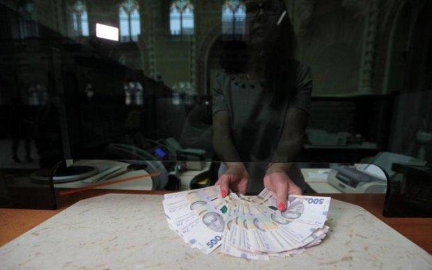 Кредитна історія: Україна опинилася на дні Європи через борги