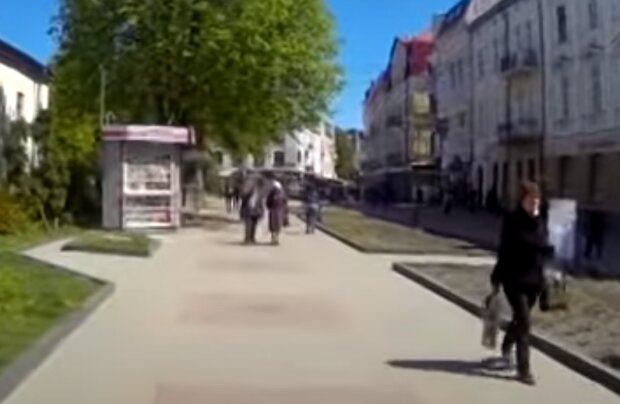 """В Тернополе хитрый бизнесмен обманул Кабмин Шмигаля: """"Это не хостел, а """"Братство лысых"""""""