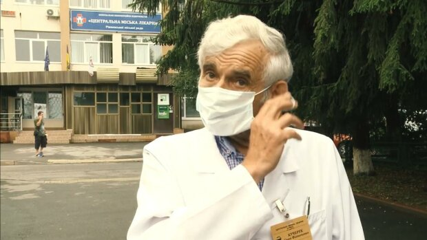 главный врач Ровенской ЦГБ Евгений Кучерук, кадр из видео