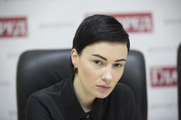 Анастасія Приходько випустила пісню про свого коханого «Саме той»
