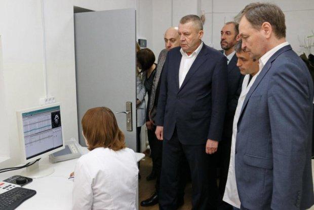 Не реформой единой: как эффективное взаимодействие центральных и местных властей может улучшить состояние медицины в отдельно взятом городе Бердянске