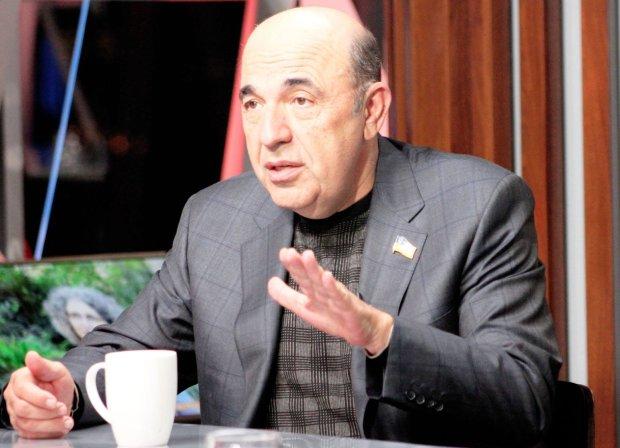 Рабинович: Зеленский должен дать Медведчуку мандат на обмен военнопленными