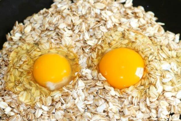 Овсянка с яйцом, кадр из видео