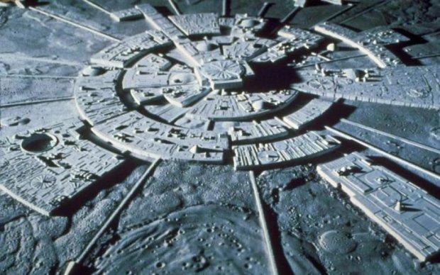 Місяцехід Change 3 засік базу прибульців