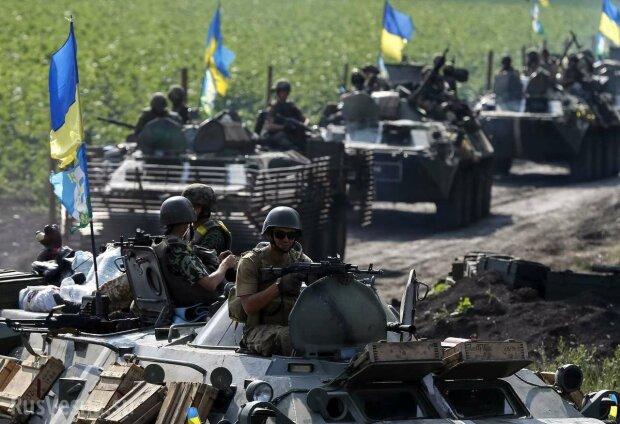 """Український генерал """"притиснув"""" святковий настрій тривожною заявою про наступ: """"Тільки бій"""""""