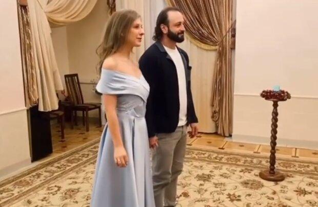 Весілля Лізи Арзамасової, скріншот відео